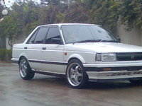 1988 Nissan Sunny Picture Gallery