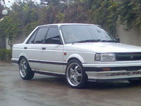 1988 Nissan Sunny Overview