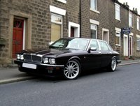 Picture of 1990 Jaguar XJ-Series XJ6 Sovereign Sedan RWD, gallery_worthy