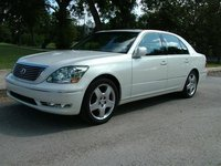 2002 Lexus LS 430 Picture Gallery
