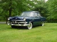 1953 Ford Crestline Overview