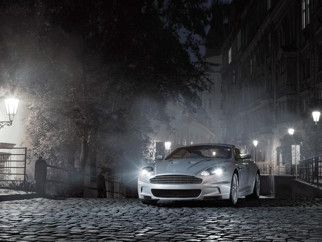 Foto de un 2010 Aston Martin DBS