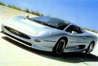 1992 Jaguar XJ220 Overview