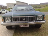 1977 Holden Kingswood, Ain't she beautiful with her shiny chrome lip... :P, exterior