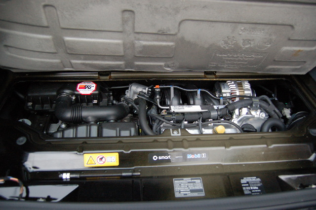 Picture of 2009 smart fortwo passion, engine
