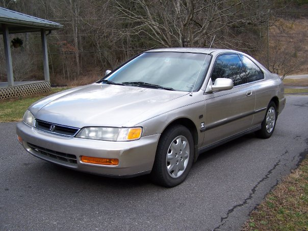 1996 Honda Accord LX Coupe, Silver Meteor currently as of Jan 25th, exterior