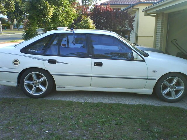 Picture of 1994 Holden Commodore