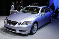 2007 Lexus GS 450h Overview