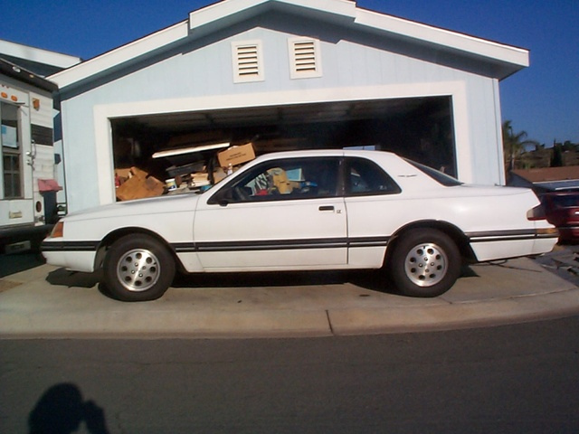 1988 Ford Thunderbird, Original Paint, New Tires Drove it 60 miles one way for 6 Months, Averaged 30 Mpg. When I Kept My Foot out of it !!! Only Got Two Speed Tcks. One in Exess of 120 MPH ! Darn C.H....