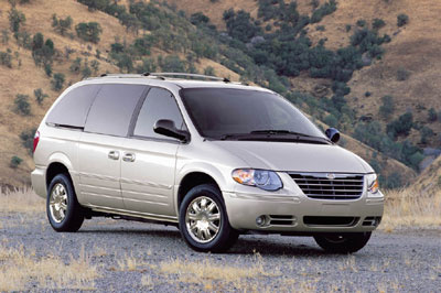 Picture of 2005 Chrysler Town & Country, gallery_worthy
