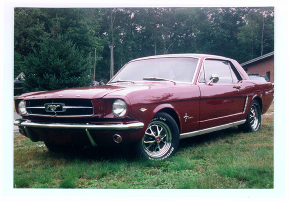 Outside view of the 1964 ford mustang