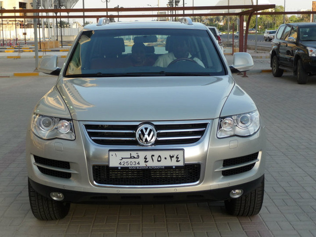 Picture of 2010 Volkswagen Touareg