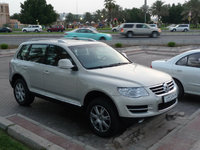 Picture of 2010 Volkswagen Touareg, exterior, gallery_worthy