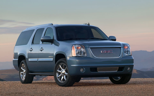 Picture of 2010 GMC Yukon XL 2500 SLT 4WD, exterior, gallery_worthy