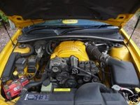 Picture of 2002 Holden Monaro, engine