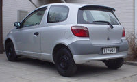 1999 Toyota Yaris Picture Gallery