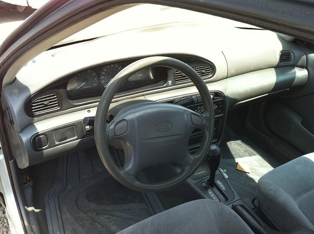 2000 Kia Sephia Interior