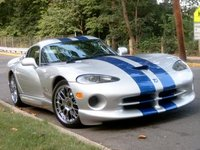 2000 Dodge Viper Overview