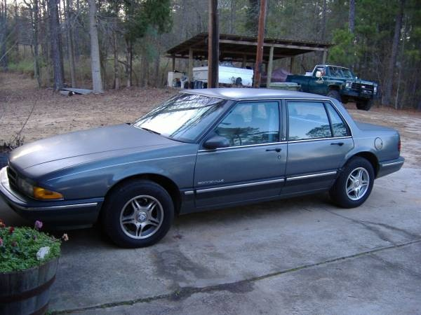 Picture of 1988 Pontiac Bonneville, exterior, gallery_worthy