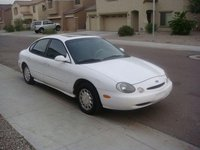 1996 Ford Taurus Overview