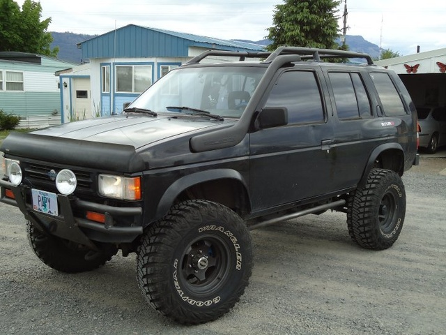 Picture of 1990 Nissan Pathfinder 4 Dr SE 4WD SUV