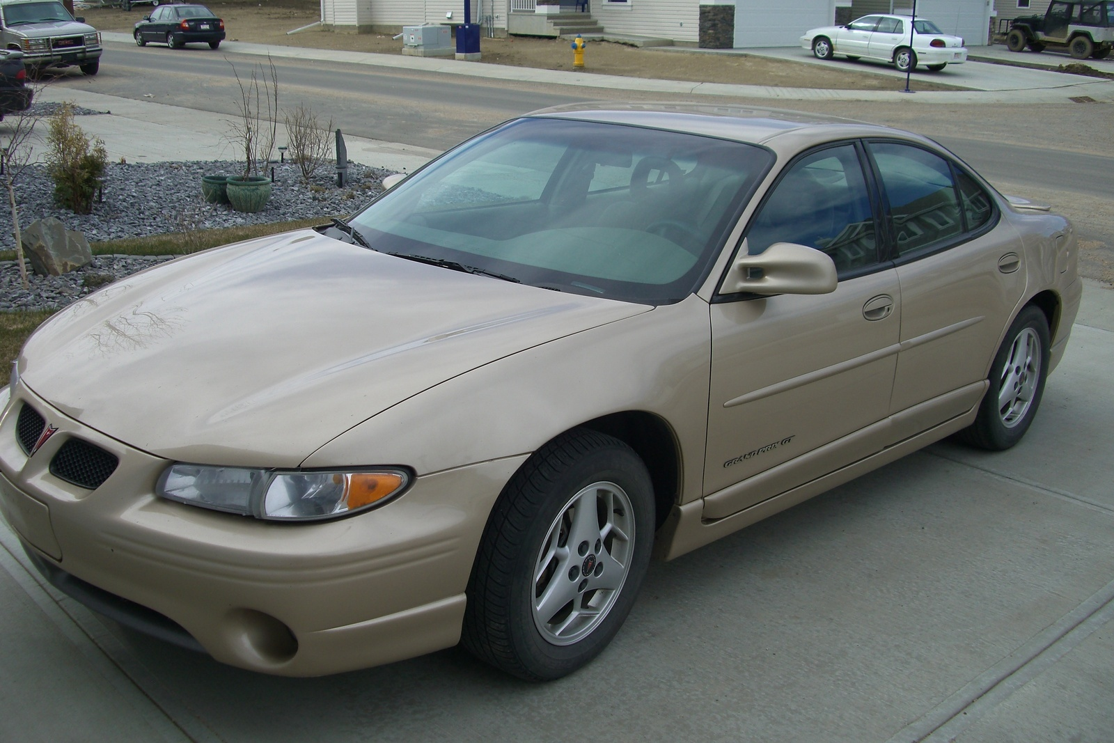 2001 Pontiac Grand Prix Overview Cargurus