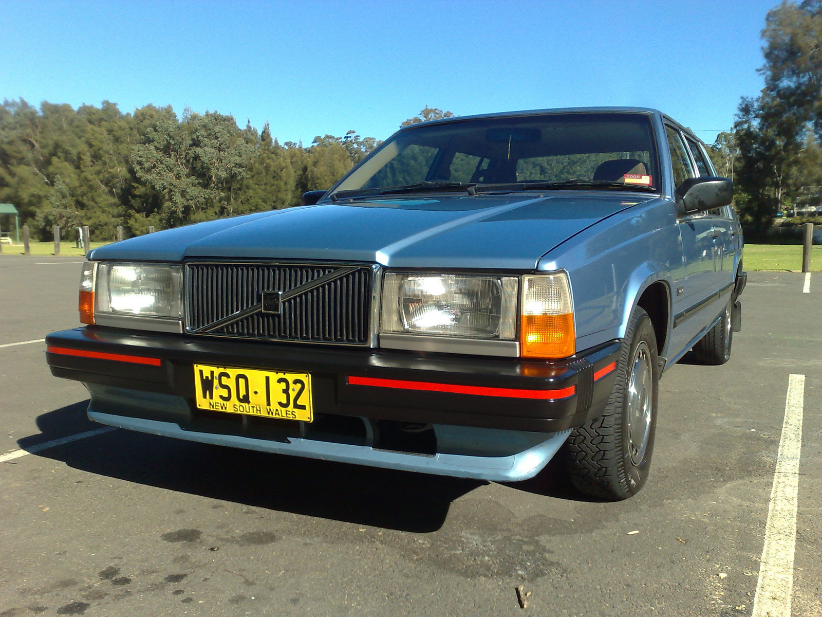 1989 Volvo 740 - Pictures