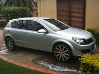 2006 Holden Astra Overview