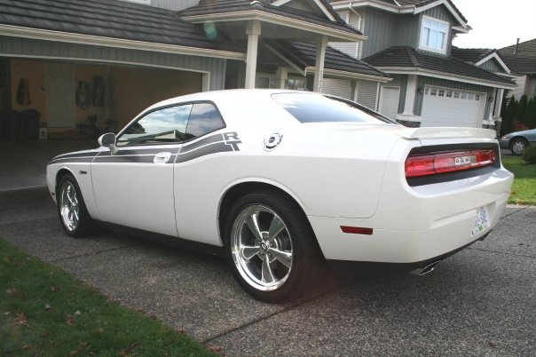 2010 Dodge Challenger R/T, body coloured rear spoiler and chromed fuel ...