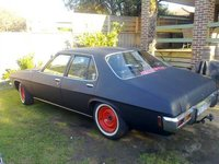 1974 Holden Kingswood, only half the job done, exterior