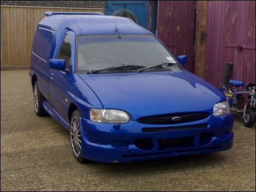 1999 Ford Escort picture