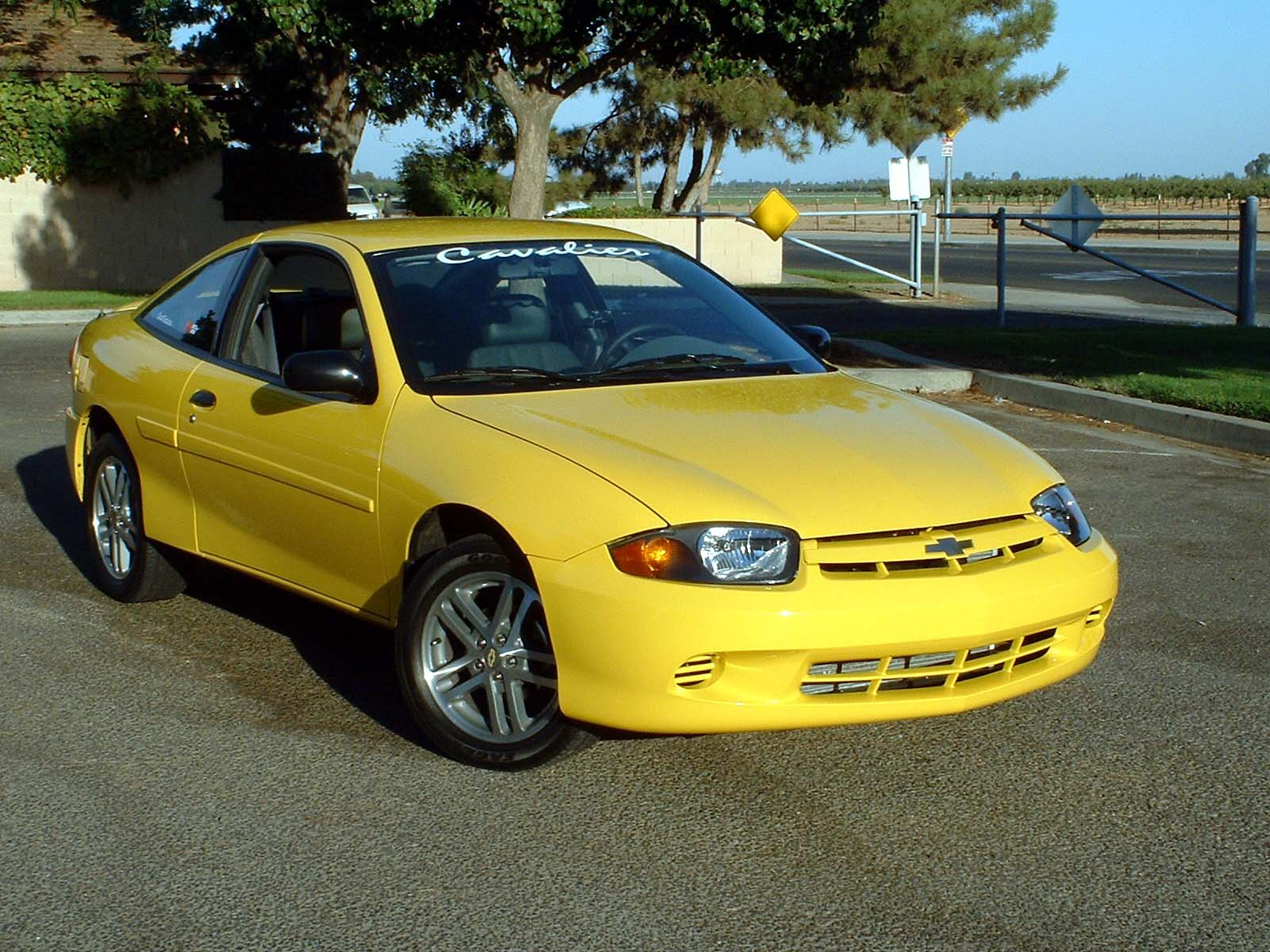 picture of 2004 chevrolet cavalier base coupe exterior. Cars Review. Best American Auto & Cars Review