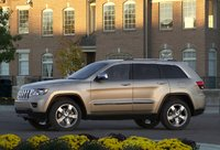 Picture of 2011 Jeep Grand Cherokee, exterior, gallery_worthy