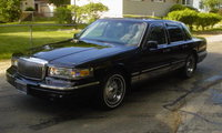 1996 Lincoln Town Car Signature, 1996 Lincoln Town Car 4 Dr Signature Sedan picture, exterior