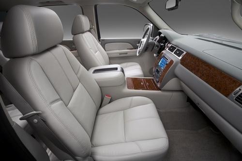 Picture of 2010 Chevrolet Suburban 1500 LTZ 4WD, interior, gallery_worthy