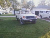 1987 Ford F-250 4x4 with a 5.0 litre 302, exterior