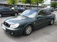 2004 Hyundai Sonata Picture Gallery