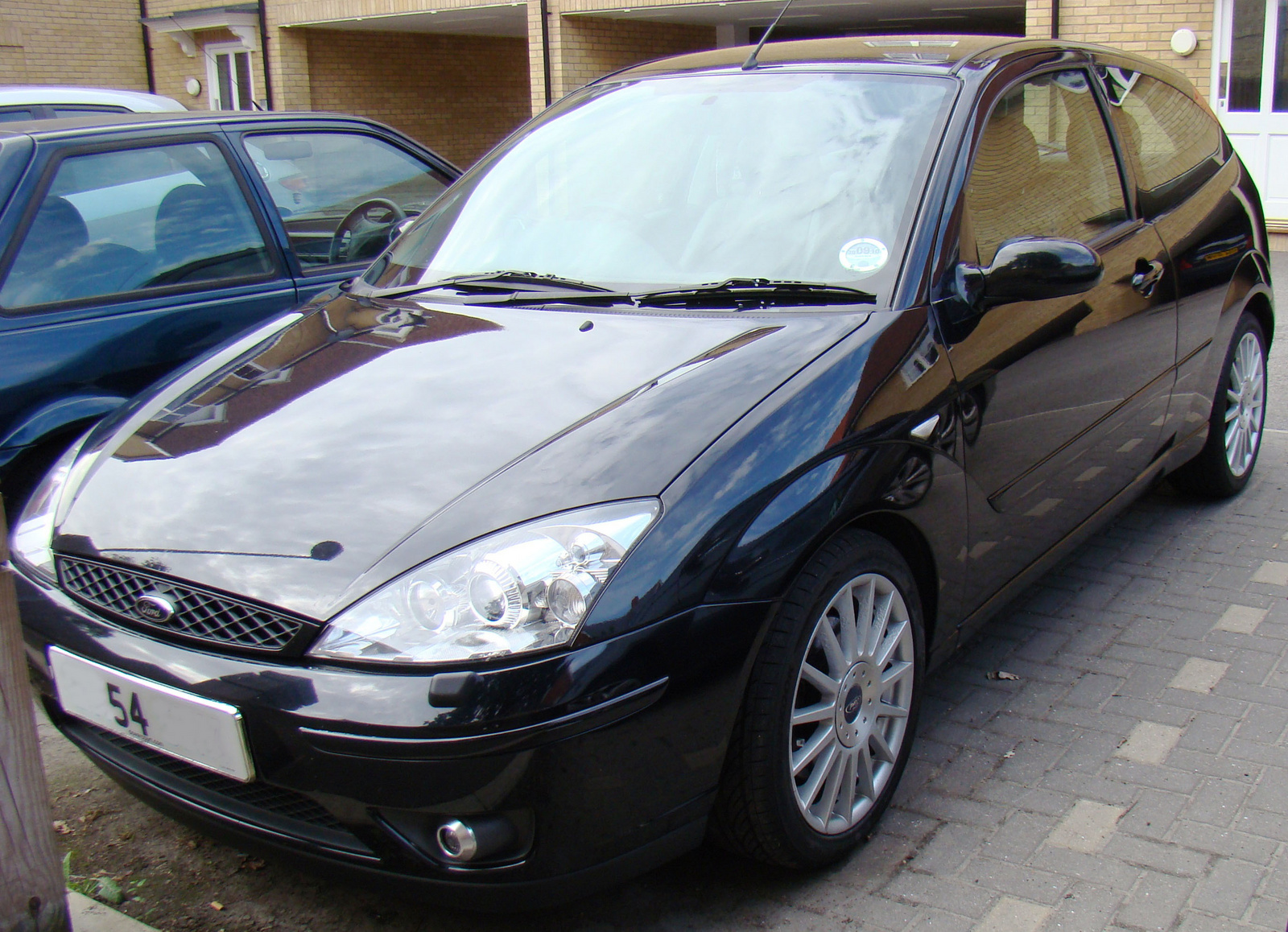 2004 Ford Focus - Pictures