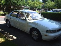 1995 Infiniti J30 4 Dr STD Sedan picture, exterior