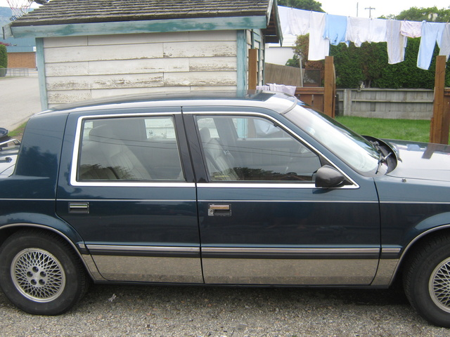 1988 Chrysler Dynasty, body, exterior
