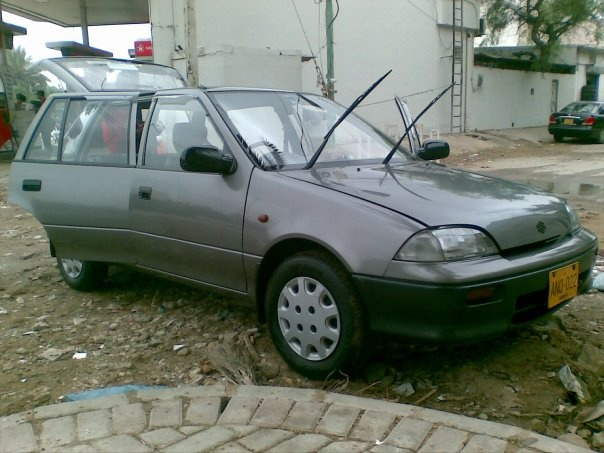 1996 Suzuki Cultus, after wash, exterior