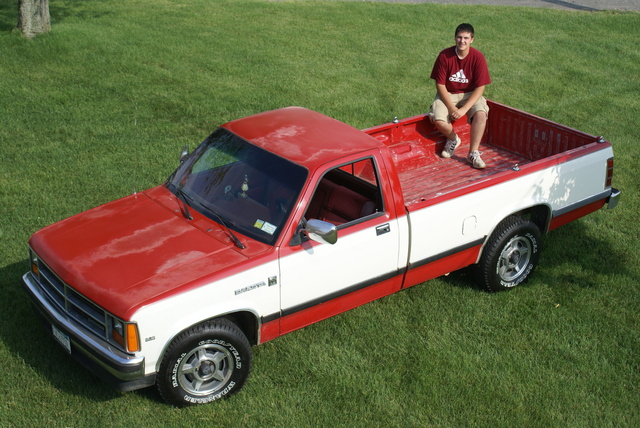 1987 Dodge Dakota, *The hood and roof's clear coat is faded, there is no rust, gallery_worthy
