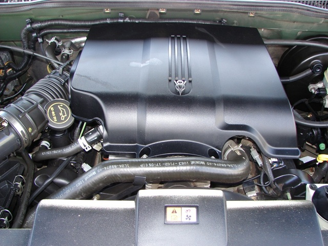 Picture of 2003 Ford Explorer XLT V8 4WD, engine, gallery_worthy