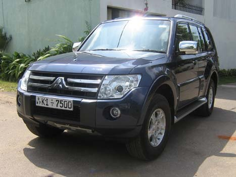 Picture of 2006 Mitsubishi Montero Limited 4WD, exterior