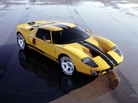 2005 Ford GT Coupe, i have it in yellow with a black stripe, exterior