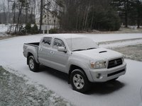 2006 Toyota Tacoma V6 4dr Access Cab 4WD SB w/automatic, Christmas in Maine, exterior