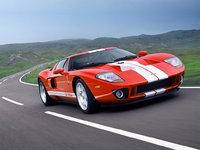 2005 Ford GT Overview