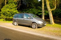 2001 Ford Galaxy Overview