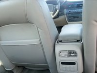 2003 Cadillac DeVille DTS, Rear climate, interior