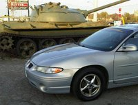 2000 Pontiac Grand Prix GT, Betsy making friends with a Tank